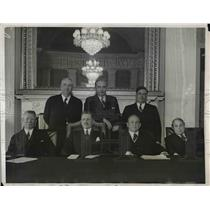 1931 Press Photo Patrick Hurley And Commission Convene On War Policies