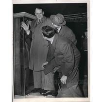 1947 Press Photo Mike Tresh, catcher, Bing Miller, coach, Edgar Smith