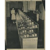 1947 Press Photo Airplane Galley Food Dietician - RRS51357
