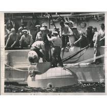 1939 Press Photo Submarine People Sore - RRS82611