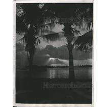 1934 Press Photo Sundown in Florida - RRS48837