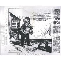1964 Press Photo Burt R.Thomas News Cartoonist - RRS93323