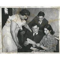1933 Press Photo Harry Neding Telagum Congratulation - RRS79509