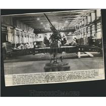 1938 Press Photo Poison Raiders Air Today Three Inch - RRS25075