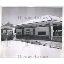 1953 Press Photo Patrons Diesel Trains Picture - RRS10529