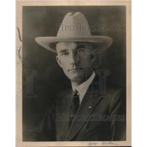 1927 Press Photo George L. Mulch posing for photo