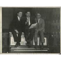 1925 Press Photo Frank Wright, Frank Bessinger and Eddie Pomak on radio