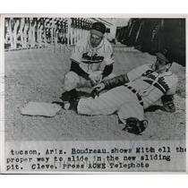1948 Press Photo Cleveland Indians Boudreau & Mitchell at practice