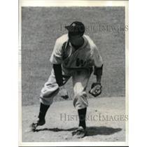 1943 Press Photo Milo Candini Pitcher Washington Senators New York Yankees Game