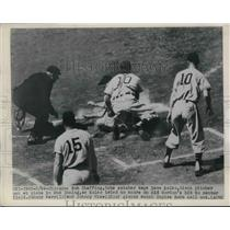 1948 Press Photo Bob Sheffing Cubs Tags Out Dave Kolso Giants At Home Plate MLB