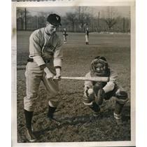 1940 Press Photo Villanova John Murphy & Connie Nicholas During Spring Training