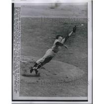 1956 Press Photo Ron Kline of Pirates Makes a Leap for a Hit - nes01426