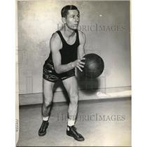 1935 Press Photo Capt. Marc Guley, Foward, Guard, Syracuse University