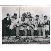 1951 Press Photo Connie Mack with Philadelphia A's Staff