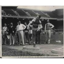 1931 Press Photo Jones Of NYU Throws Shotput - nes03654