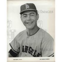 Press Photo Los Angeles Angels outfielder Ken Hunt - nes04271