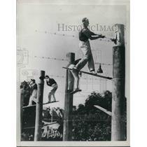 1948 Press Photo Bill Johnson, Australia's Paul Bunyan - nes04282