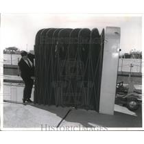 1983 Press Photo Tent entrance on wheels for airplane boarding - neb51509