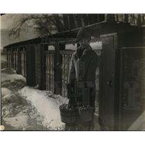 1928 Press Photo Snowy Bowman Poultry Farm