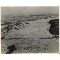 1924 Press Photo Ice Threatening UP Railroad Bridge Across Platte River Nebraska