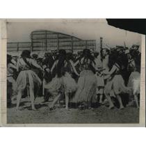 1929 Press Photo Uncle Sam Naval Forces Hula Girls