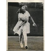 1927 Press Photo Betty Nuthall Defeats Molla Mallory, Wimbledon Tennis