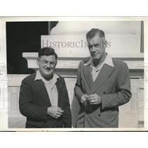 1943 Press Photo Captain Edward W Melchen & Captain James O Braker