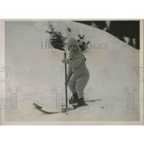 1929 Press Photo 2 Year Old Toddler Skiier Hits Slopes At Muren Switzerland