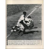1948 Press Photo Phil Cavarretta, Chicago Cubs, Joe Bockman, Pittsburgh Pirates