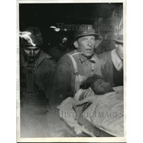 1934 Press Photo OW Terry on Stretcher After Mining Accident