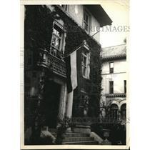 1934 Press Photo JugoSlav flags flys at half mast after President slain