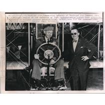 1958 Press Photo T.A.C. Gen.C.P. Weyland and pioneer air builder Billy Parker