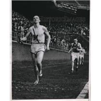 1938 Press Photo Borck of Manhattan Wins Two Mile, Penn Relays, Philadelphia