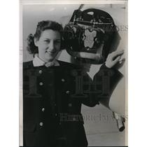 1940 Press Photo Joann Geer, first coed to pass flight test by C.A.A.