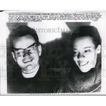 1960 Press Photo Glynn Bruce white pastor weds Edna Williams in England