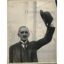 1922 Press Photo Mr. W. Linte Smith leaves New York for Europe.