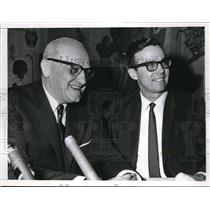 1966 Press Photo Bears owner/coach George Hallas in a press conference