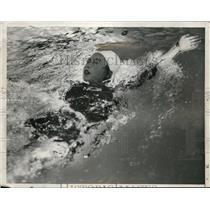1932 Press Photo M. Yokota, Japanese Backstroke Olympic Swimmer, Los Angeles
