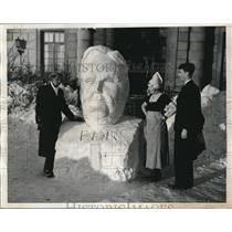 1935 Press Photo Bust of President Roosevelt Made from Snow at Intl. House in NY