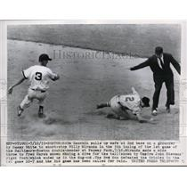 1955 Press Photo Boston Norm Zauchin safe at 2nd vs Willy Miranda - nes15475