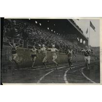 1931 Press Photo 100 yd dash at Penn relays, De Armand & Lamb winning