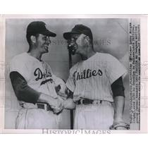 1954 Press Photo Utility Infielder Bobby Morgan Greets Brooklyn's Carl Furillo