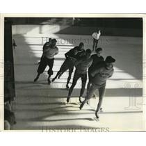 1933 Press Photo Six day skating race at Syracuse NY - nes16913