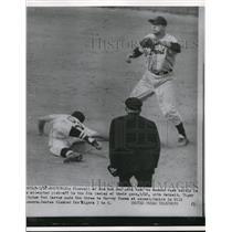 1954 Press Photo Boston Red Sox Jim Piersall on 2nd vs Tigers Harvey Kuezz