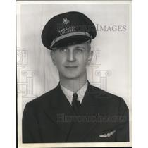 1938 Press Photo Sheldon T. Shoff American Airline pilot - nec82561