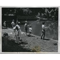 1958 Photo Youngsters Wait for Nibble Borghese Gardens Fishing Contest