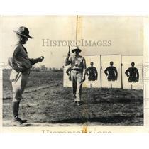 1989 Press Photo Mr. Mitchell and Major Ostrander at National Rifle Matches
