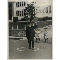 1922 Photo 81 Yr. Old Traffic Officer David H. Thomas Halts Motorists