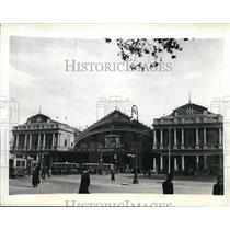 1943 Press Photo Rome Railway Terminus blasted by allies
