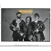 1989 Press Photo The DelSesto family opposes the civilian ownership of riffles